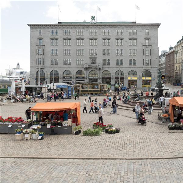 Market at Eteläesplanadi