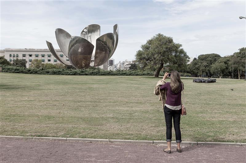 Floralis Generica Sculpture, Buenos Aires